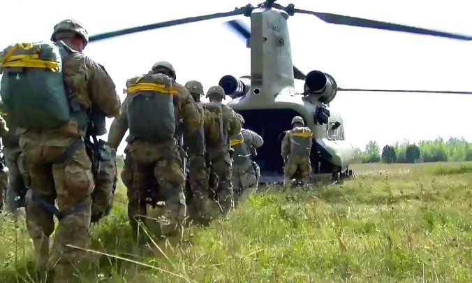 paratroopers-airborne-operation-1280x768